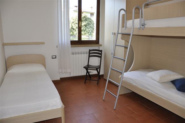 Stockbetten + 1 Einzelbett
