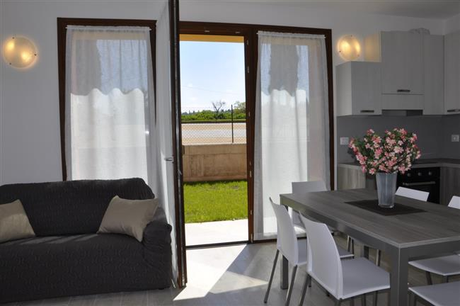 Wohnküche mit Terrassenausgang