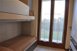 Doppelstockbett + 1 Ausziehbarbett
