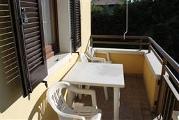 möblierter Balkon